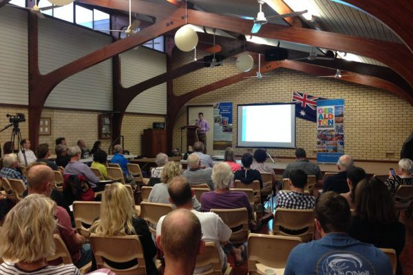 Community members turned out in force to learn about Coastal Adaptation Planning at an information forum in Geraldton.