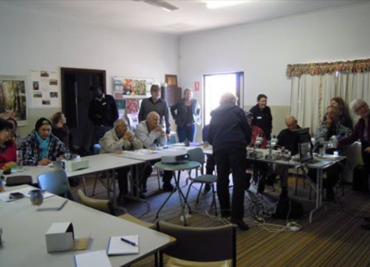Participants of Carnamah LCDC and Yarra Yarra CMG at Carnamah Landcare office