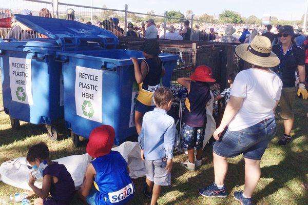 AFL kids recycling