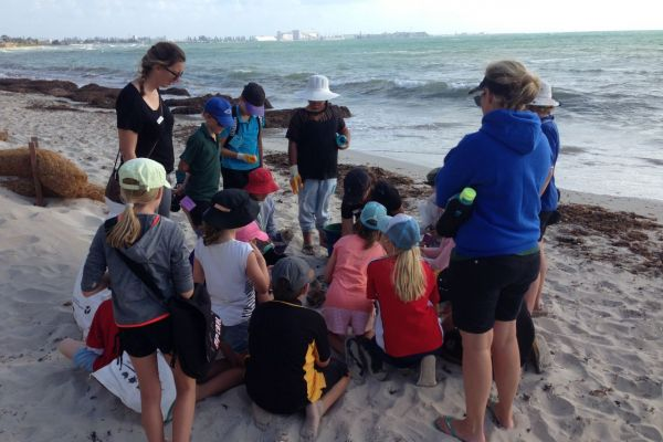 A blowy Geraldton afternoon didn't dampen the enthusiasm of students from the Primary Extension and Challenge program in the Midwest.
