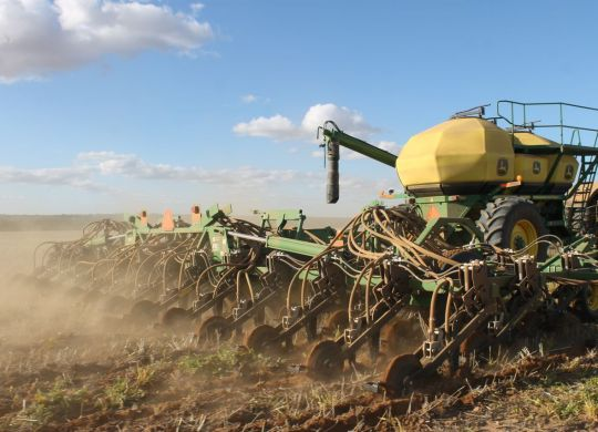 Seeding at the VRT trial in Buntine. Photo credit: AFGRI Australia, Liebe Group and Mike Dodd